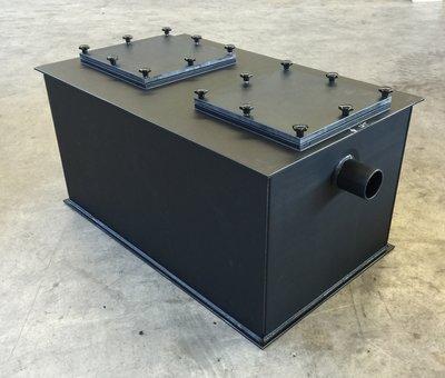 Kunststof slib-vetafscheider 2 liter/seconde (laag model)